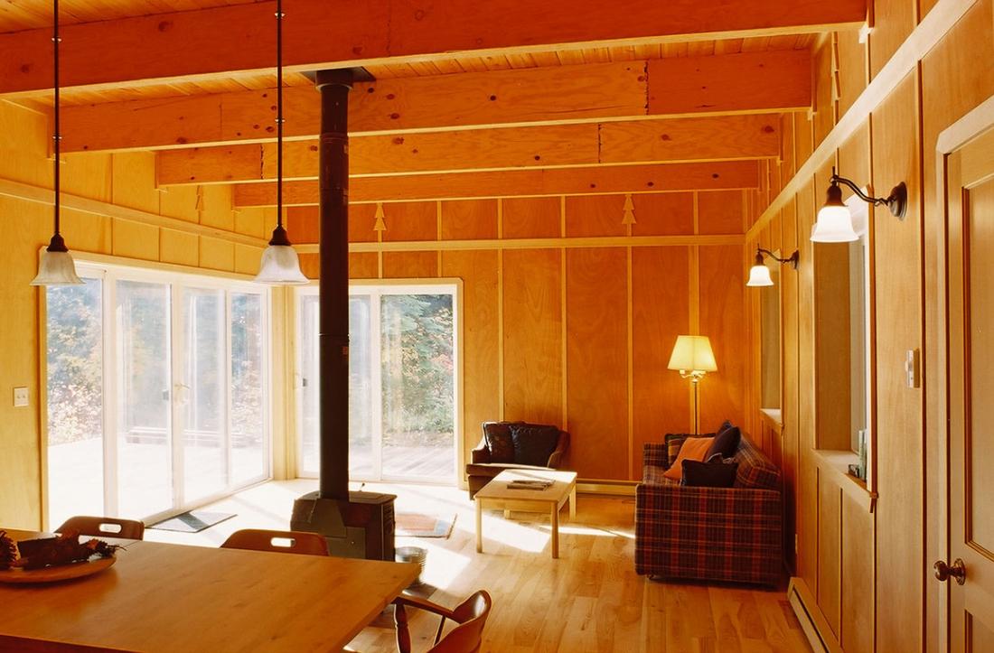 Chiwawa_River_Cabin_Living_Room-1100x723.jpg
