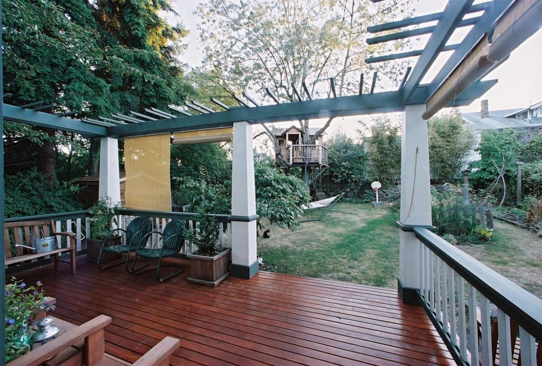 Wallingford_Kitchen_Renovation_Deck-1100x743.jpg