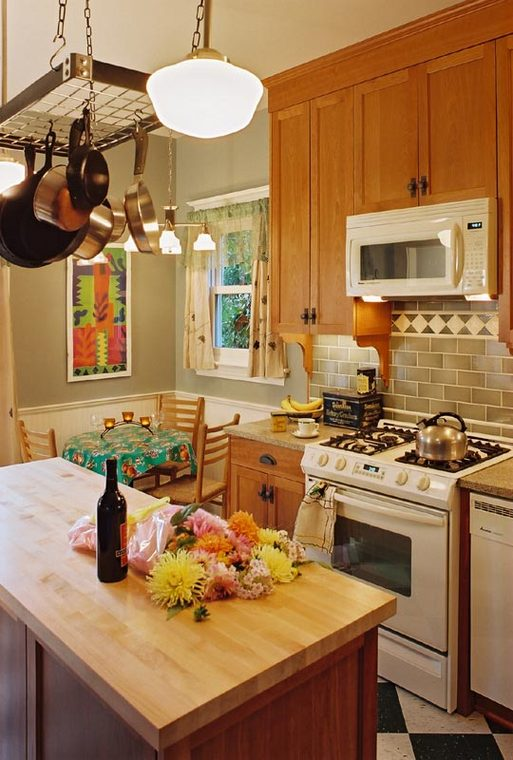 Wallingford_Kitchen_Renovation_Island___Cabinets.jpg